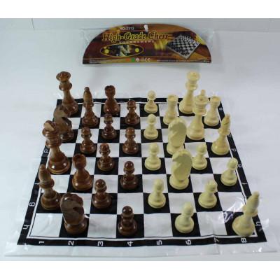 Шахматные фигуры с полем ( в пакете)